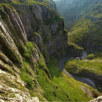 Cheddar Gorge Responsive website